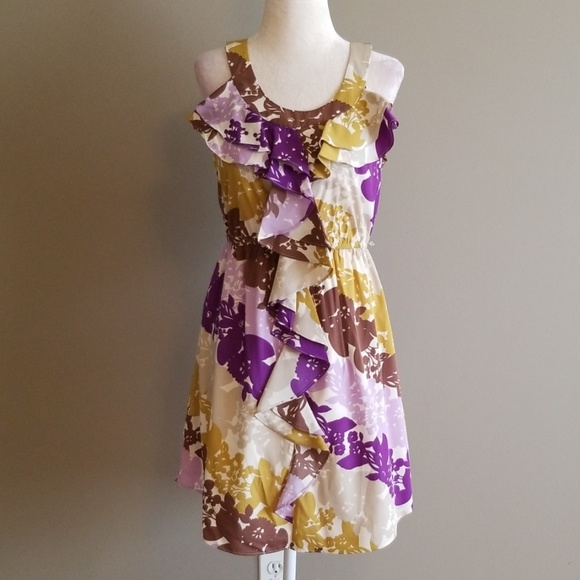 Elle Dresses & Skirts - Elle silky dress